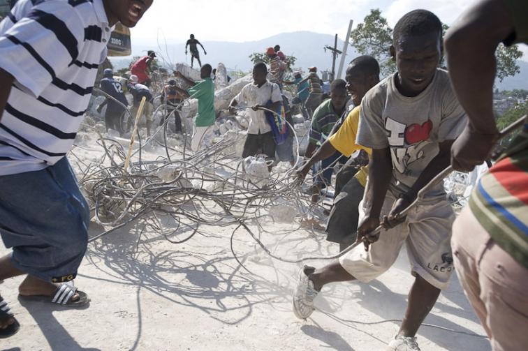 http://www.markmurrmann.com/files/gimgs/th-48_haiti_01.jpg