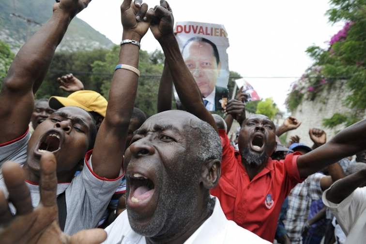 http://www.markmurrmann.com/files/gimgs/th-48_haiti_21.jpg