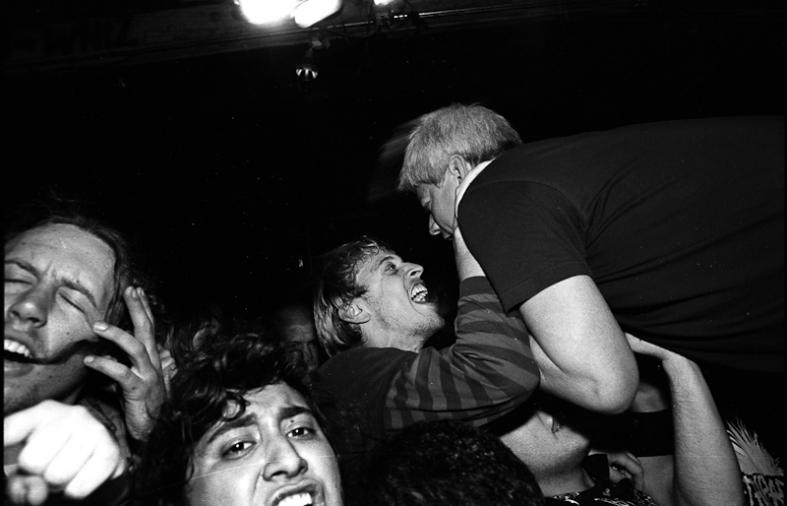 https://www.markmurrmann.com:443/files/gimgs/th-19_music_live-71.jpg